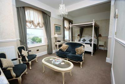 Hotel Decorating Devon