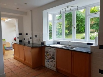 Kitchen Tiler and Decorator